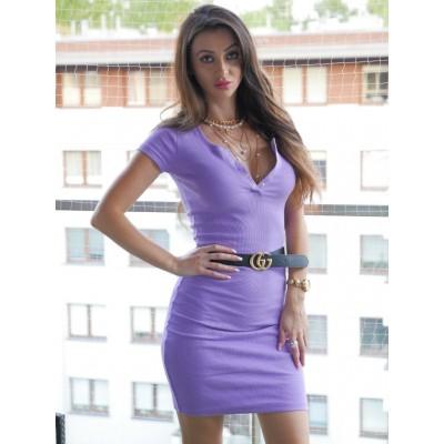 Abril Liliowa dopasowana, prążkowana sukienka basic z v- dekoltem na napy, mini, krotki rękawek