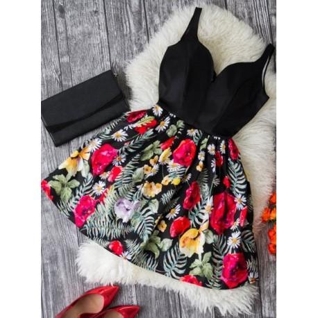 Rozkloszowana sukienka z motywem kwiatowym