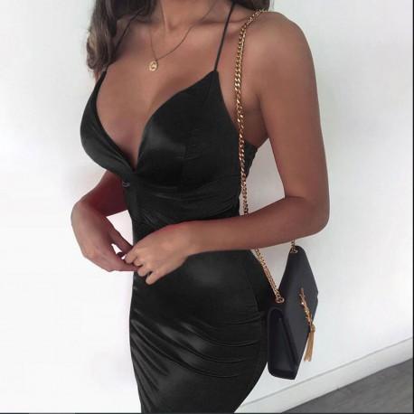 Vogue czarna sukienka midi, z v-dekoltem na cienkich ramiączkach, dopasowana