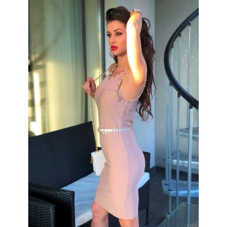 Beżowa bandażowa sukienka ze złotymi dżetami