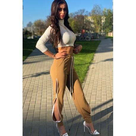 Adelaida karmelowe spodnie z rozsuwanymi zamkami na nogawkach z wysokim stanem