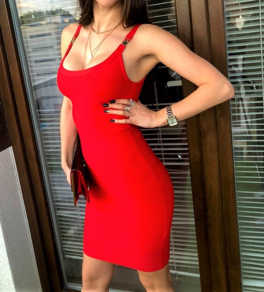 czerwone sukienki stylizacje