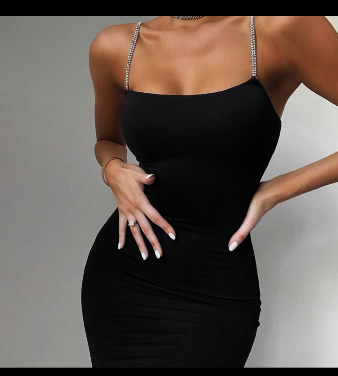 eleganckie czarne sukienki butik