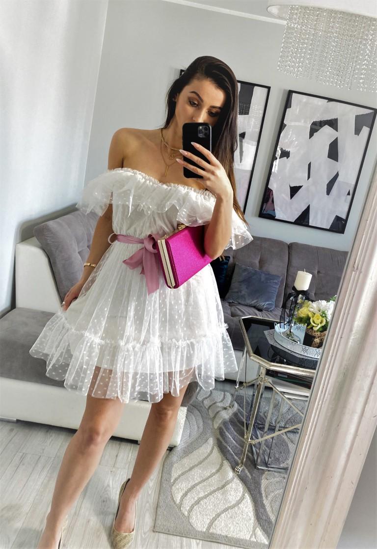 białe sukienki koronkowe na wesele
