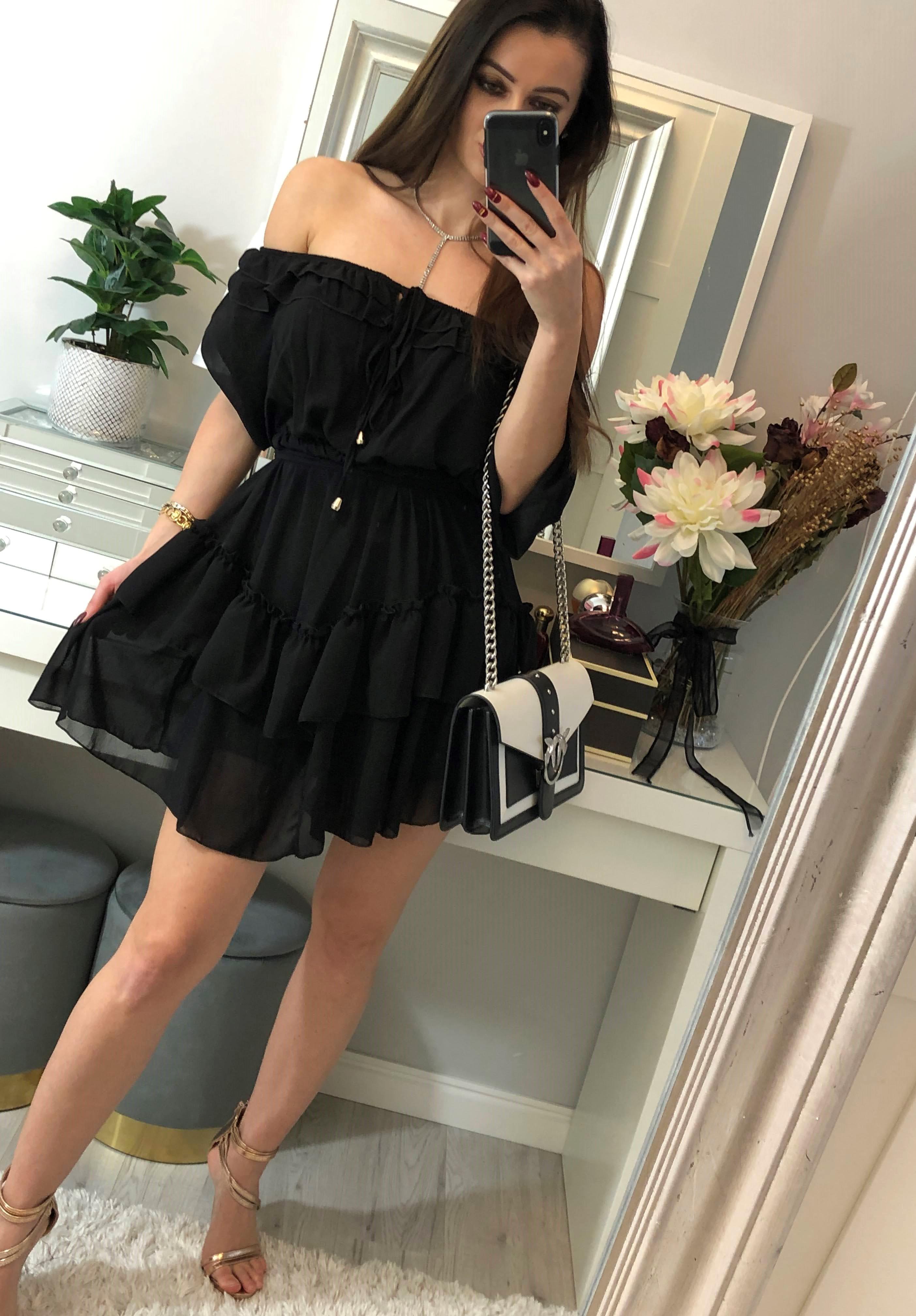 czarna sukienka hiszpanka szyfonowa z falbankami