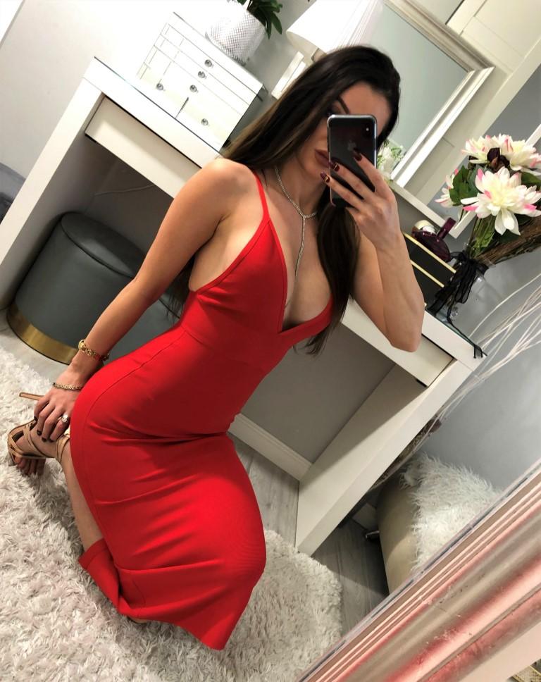 czerwone sukienki seksi