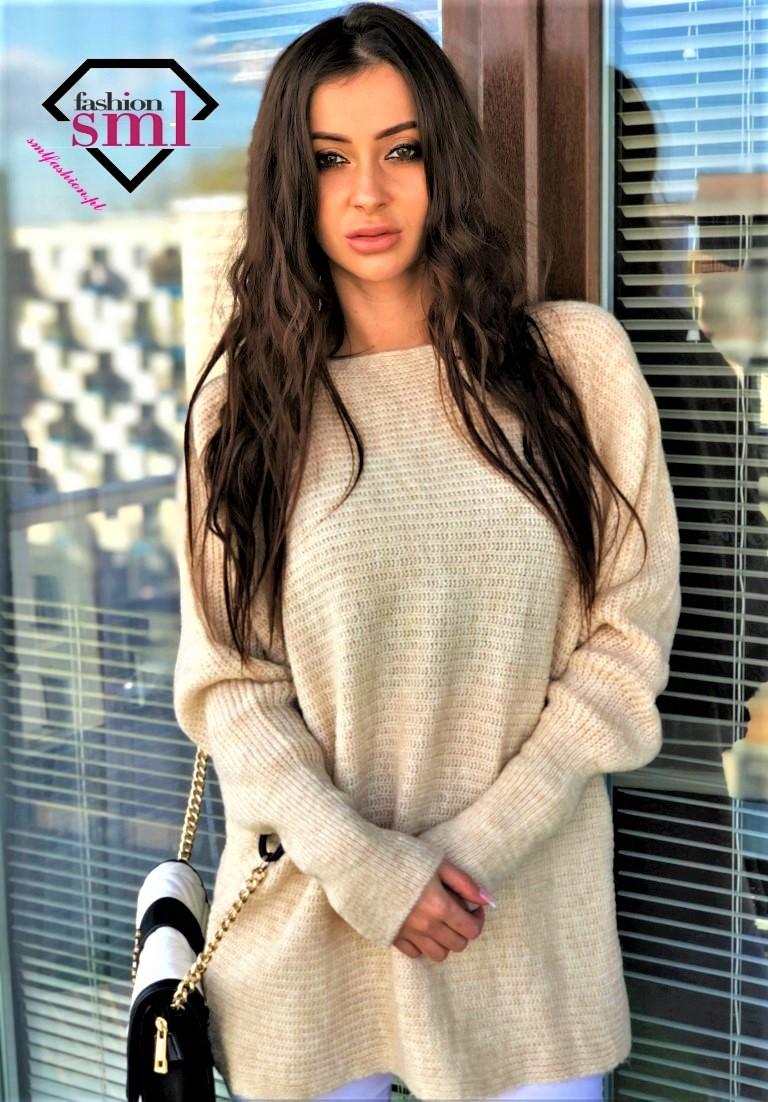 kremowy sweter oversize długi, ciepły
