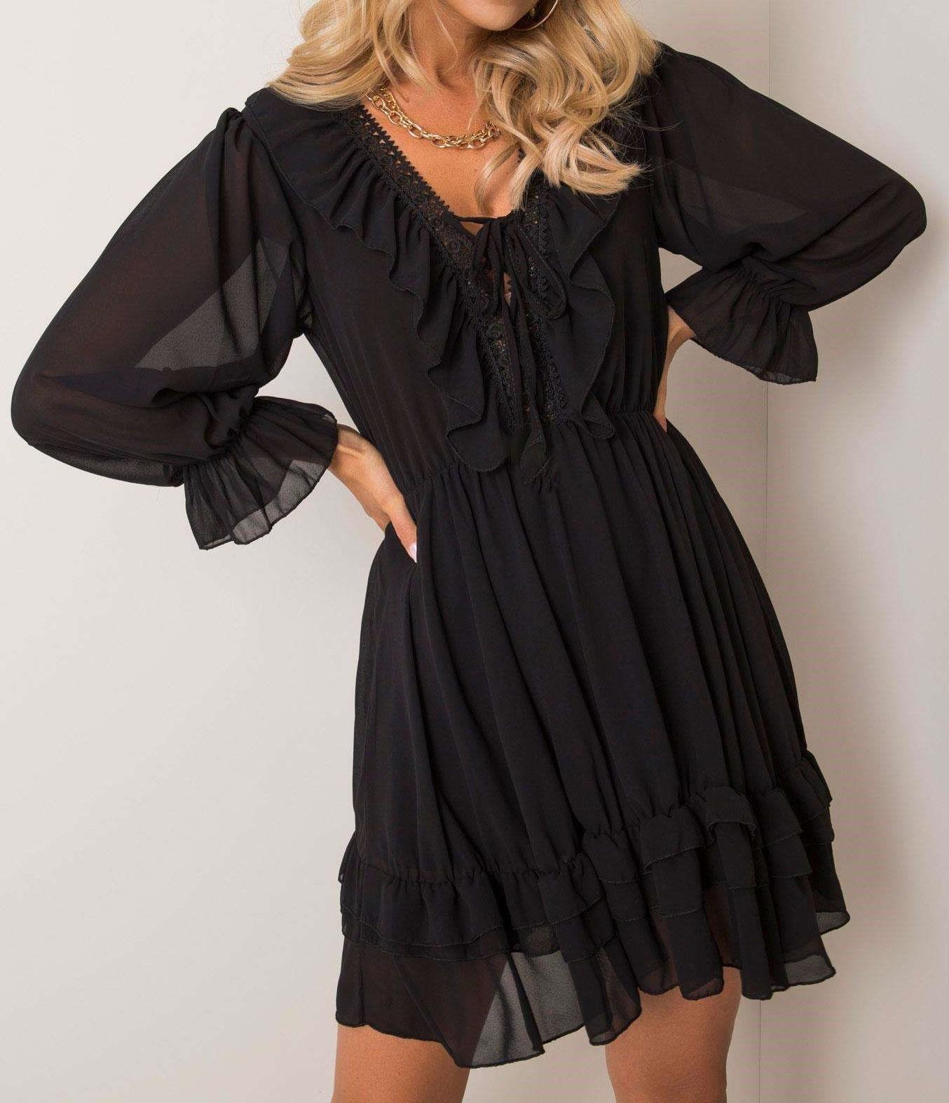 czarna elegancka sukienka klasyczna, midi, długi rękaw, ozdobny dekolt