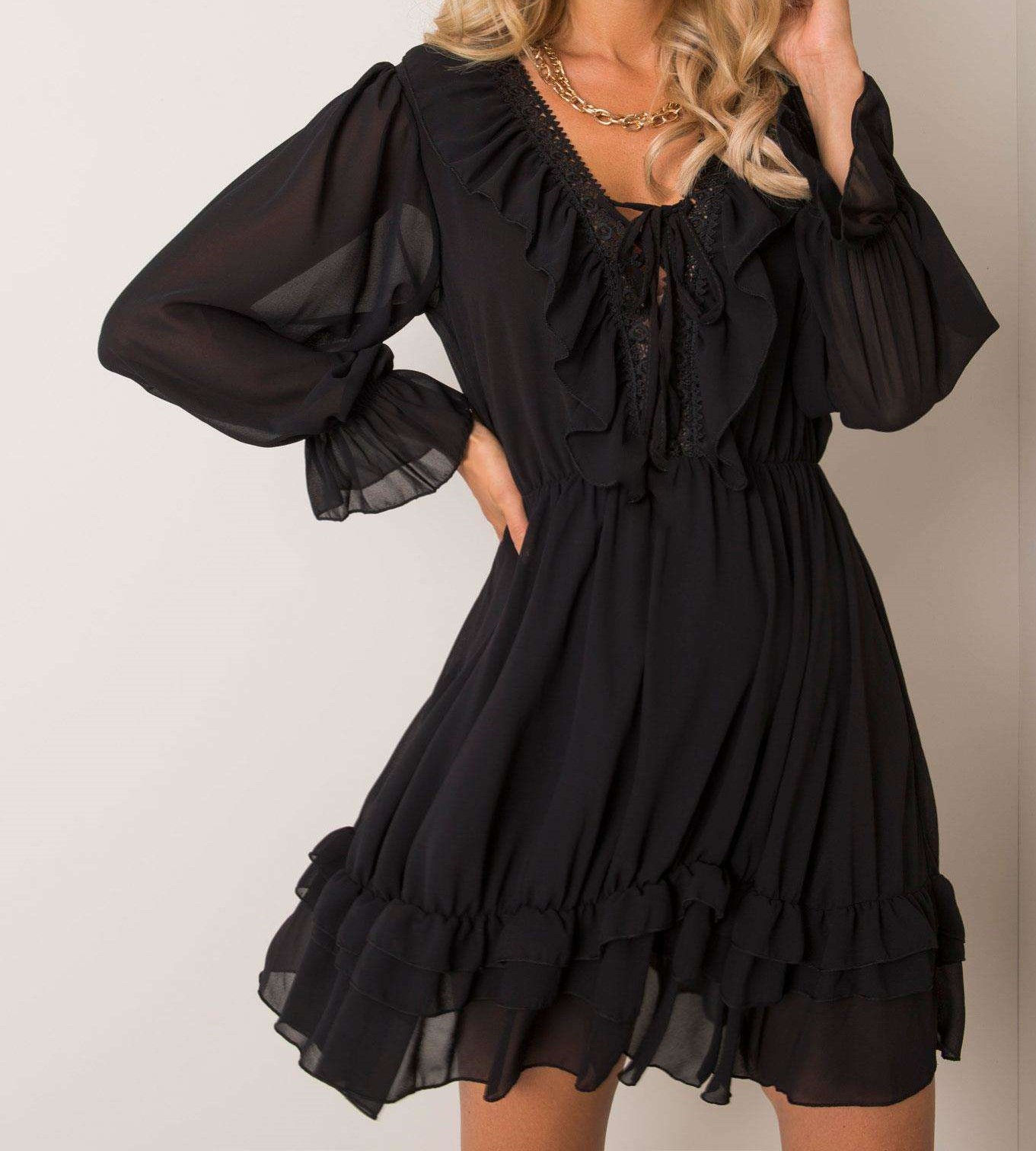 koronkowa sukienka z falbankami czarna