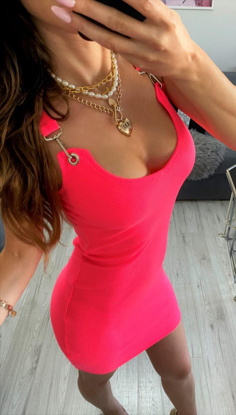 dopasowane sukienki